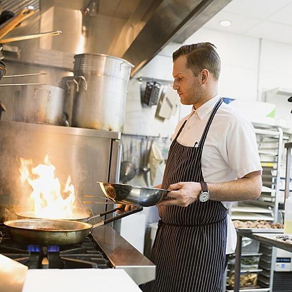 راتب طباخ في كندا - chef salary in canada