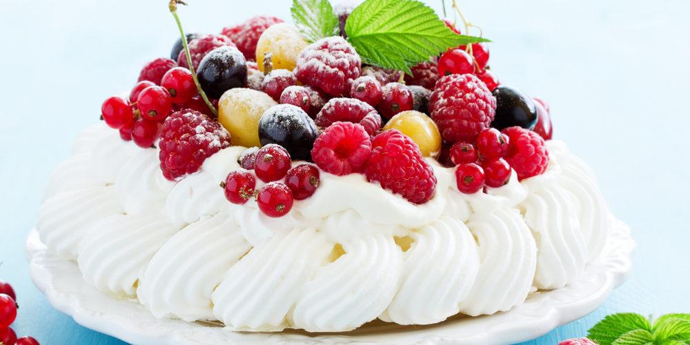 pavlova كعكة,